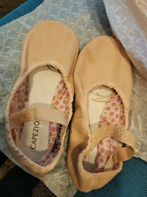 Capezio Daisy Ballet Slippers Shoes Leather Upper Size 5.5 M Style 63356