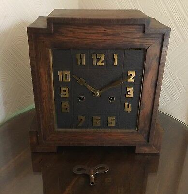 Vintage Art Deco period HAC German chiming oak mantle clock (ref 18.12.043)