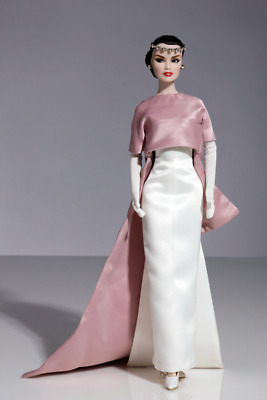 Fashion Royalty 'On How To Be Lovely' Doll Gift Set - The Funny Face Collection