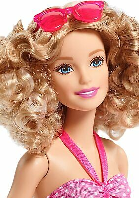 ** BARBIE ** NEW BARBIE GLAM VACATION BLONDE DOLL WITH PINK POLKA DOTS ** -b57