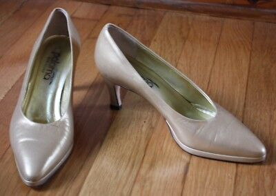 Paloma 8 B Vtg Gold Leather Pointed Toe Pumps Heels Italy