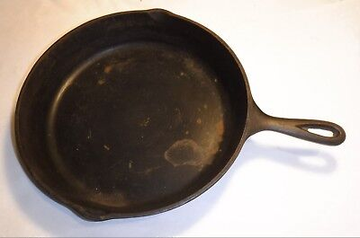 Vintage 12 Inch 10SK- D Cast Iron Skillet Heat Ring 2.5 Inches Deep