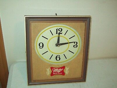 vintage Miller High Life lighted Beer CLOCK 1960's working Beer Sign with clock