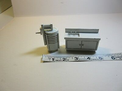 """Miniature Dollhouse 3/4"""" scale Kitchen Sink and Wringer Washer. Wood. White"""