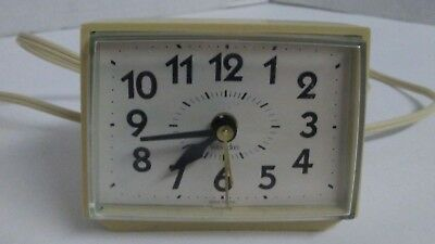 Vintage Westclox Electric Alarm Clock Model 22090-22540 Made in USA White