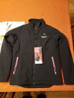 New with tags, Milwaukee womens M12 heated jacket without battery.