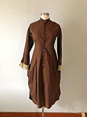 1890s Victorian Reproduction Dress with Bustle