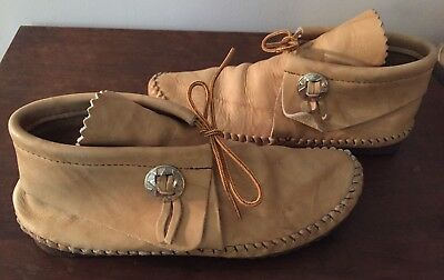 """Taos """"Indian Maid"""" Leather Moccasins w/Silver Ornament & Walking Sole Beige S 7"""
