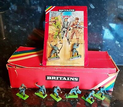 Britains Deetail 1st Series Germans x 6 with Old Trade Box & Blister Pack