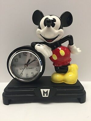 """Disney Mickey Mouse Collectible Mantel or Desk Clock 9"""" high Works perfectly!"""