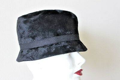 Vintage Ladies Black Pillbox Hat Wool Felt With Ribbon Church 1960 s Style e558295e2892