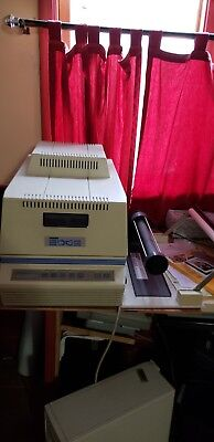 Gerber Edge Printer with 10 foils and software.  Needs servicing