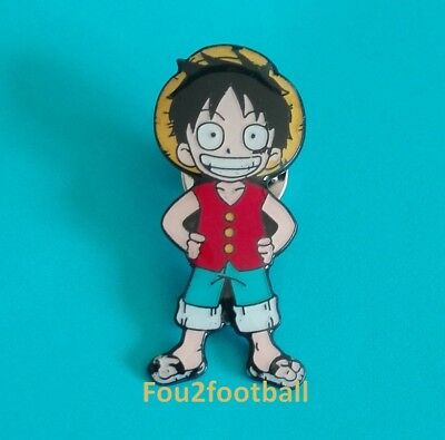 pin's PIN S anime mangas ONE PIECE LUFY pirate comic geek dessin animé figurine