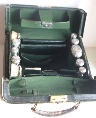 Fine Quality Victorian Solid Silver Vanity Set - London 1899
