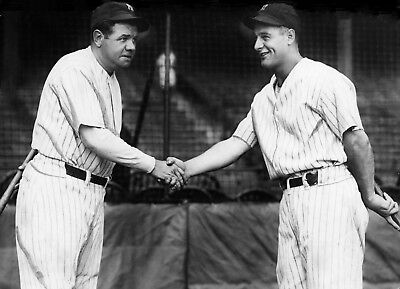 BASEBALL LEGENDS BABE RUTH AND LOU GEHRIG YANKEES  SHAKE HANDS 7x10 PHOTO