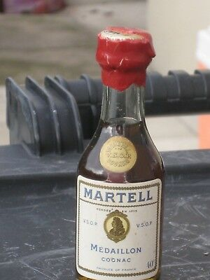 mignonnette OLD MINIATURE COGNAC mini bottle medaillon martell