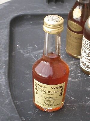 mignonnette OLD MINIATURE COGNAC mini bottle hennessy very special