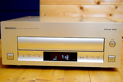 Pioneer HLD-X9 Hi-Vision Laser Disc Player NTSC MUSE w/Remote Works From Japan