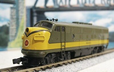 Kato N Scale DC Canadian National Green Livery Locomotive #9000 .....Scroll Down