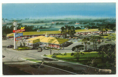 Terre Haute IN Albert Pick Motel Vintage Postcard - Indiana