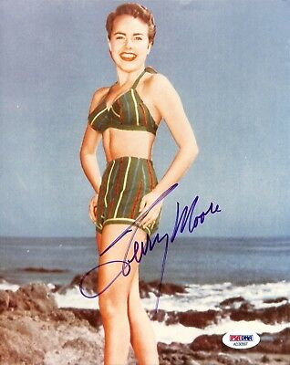 Terry Moore PSA/DNA Autographed Signed 8 X 10 Photo Certified Actress
