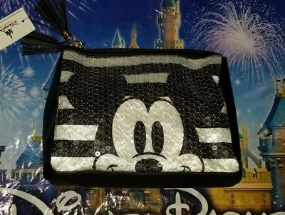 NEW WITH TAGS Disney Parks Mickey Mouse Sequin Zipper Clutch Purse Bag Pouch