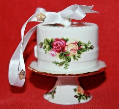 Royal Albert ~ Old Country Roses ~ Cake On Stand ~ Christmas Tree Decoration