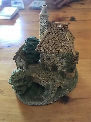 Tollkeeper's Cottage by David Winter Handmade House England 1984