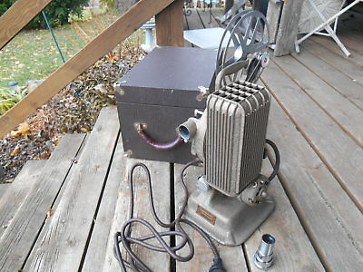 Vintage Keystone Model A-81 16 MM Film Projector W 1 Reel & Felt Lined Carry Cas