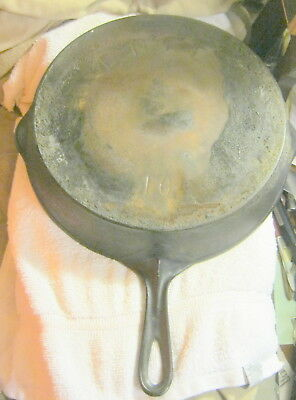 Vintage antique ERIE PA #10 Skillet Pan cast iron,heat ring, By Griswold