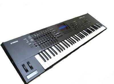 YAMAHA MOTIF XF7 WORKSTATION  Music Production Synthesizer Equipped with FL1024M