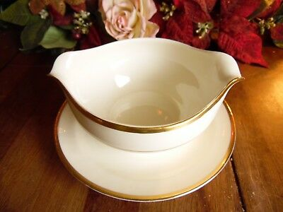 Vintage Pope Gosser Warranted Coin Gold Gravy Boat W/attached Under Plate
