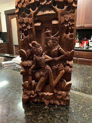 Detailed Balinese (3D) Wood Carving - Rama & Sita