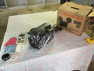 Sankyo Sound 301 Super 8 Projector In Great Working Condition