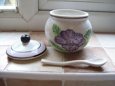 SUGAR BOWL WITH LID AND SPOON from Kensington Giftware