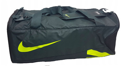 DUFFLE BAG ADIDAS Team XL Messenger Duffle Sports Gym Rolling Wheel ... 580b315084f5c
