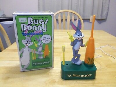 Vintage Sears Bugs Bunny Electric Tooth Brush in original box 1973 - works