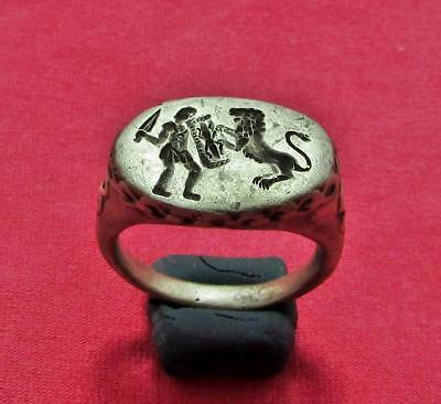 "Roman  Ancient  Silver  Ring "" Gladiator fight with Lion """