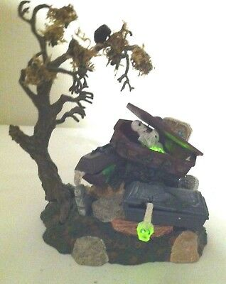 Dept 56 Halloween Animated Haunted Graveyard in Box from 2001