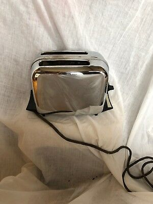 Vintage CHROME Toastmaster 2 Slice Dual Toaster Model 1B24, IT WORKS!