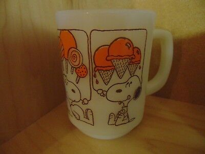 Anchor Hocking Fire King Snoopy Sweet Dreams Mug Coffee Cup 1958 AWESOME ITEM