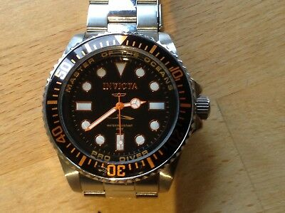 Invicta Mens Pro Diver Masters of The Oceans Watch. Model 20120 Used