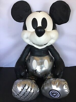 Disney Memories Mickey Mouse Steamboat Willie Plush January 90 DS LImited Rare