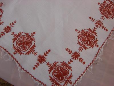 Pretty Vintage White Linen Tablecloth~Deep Red Hand Embroidery~40ins x 39ins