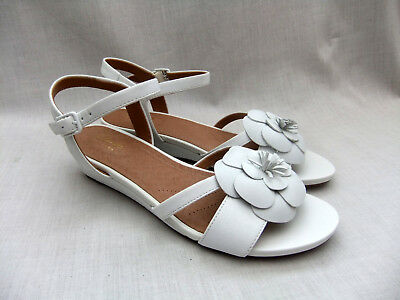 0440525a6bf2 New Clarks Parram Stella Womens White Nubuck Leather Wedge Sandals Size 5.5    39