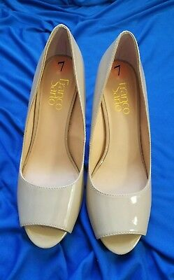 1f2b4dc9a26b Womens Leather Dress Shoes Franco Sarto Size 7 New 3 and 1 2
