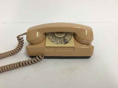 Automatic Electric beige Starlite telephone (111)