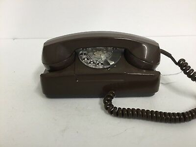 Automatic Electric brown Starlite telephone (81)
