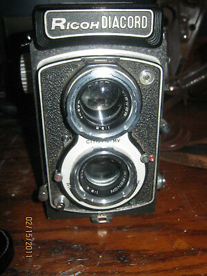 Ricoh Diacord Twin Lens Reflex Camera with Leather Case Hood & Filter Nice