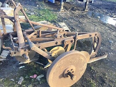 Ransom/ Fordson Major 3 Furrow Plough